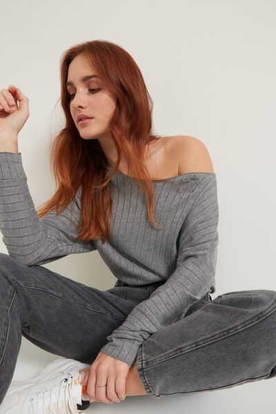 Long-Sleeve Ribbed Boat-Neck Sweater