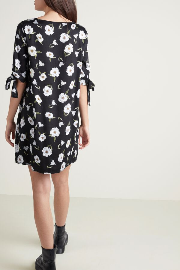 Short Sleeve Dress in Viscose Fabric with Knots