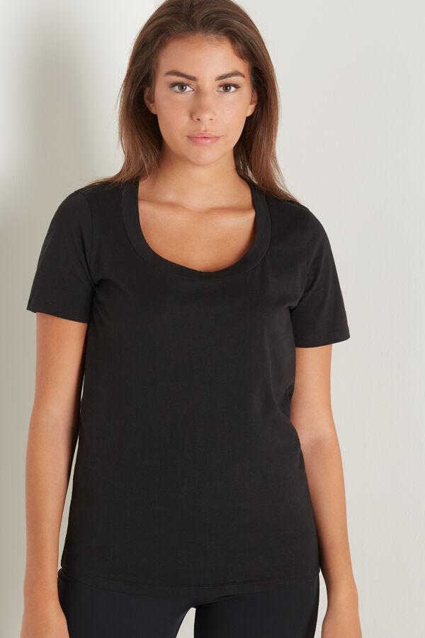 T-Shirt em Algodão Decote em U