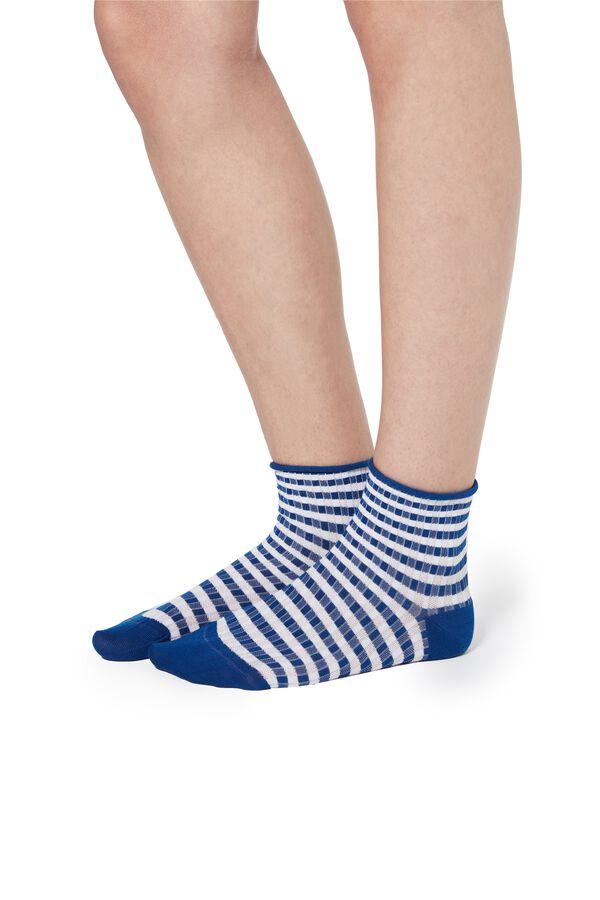 Fancy Borderless Cotton Crew Socks
