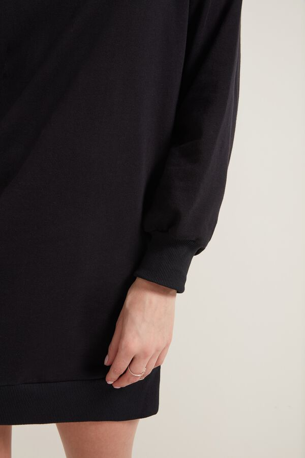 Long-Sleeve Extra-Long Oversized Sweatshirt