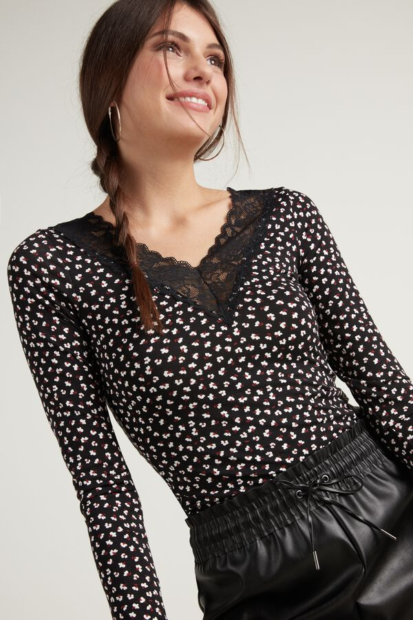 V Neck Long Sleeve Top with Lace