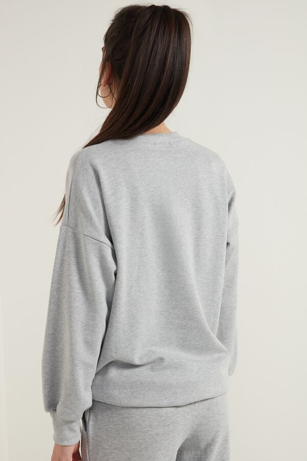 Oversize Long-Sleeved Sweatshirt