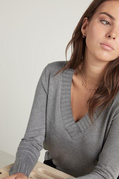 Long-Sleeved V-Neck Top