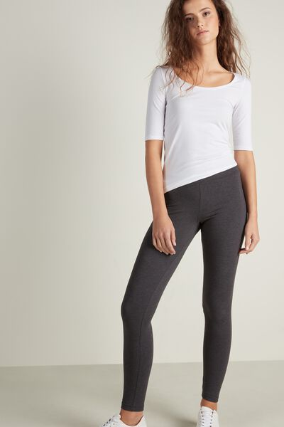 Short-Sleeve Scoop-Neck Top in Cotton