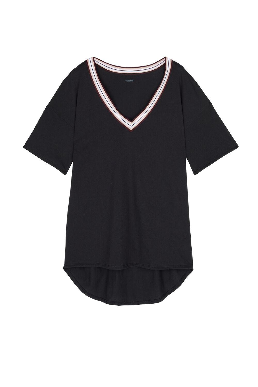 Sporty Chic V-neck T-shirt