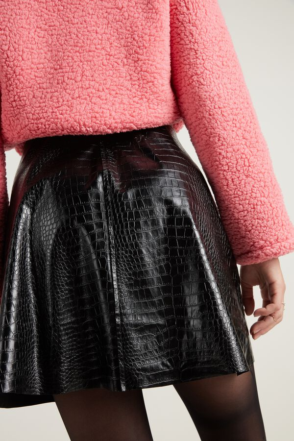 Short Faux Crocodile Leather Skirt