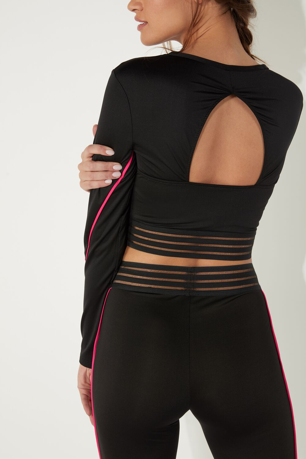 Sporty Long Sleeve Top with Piping