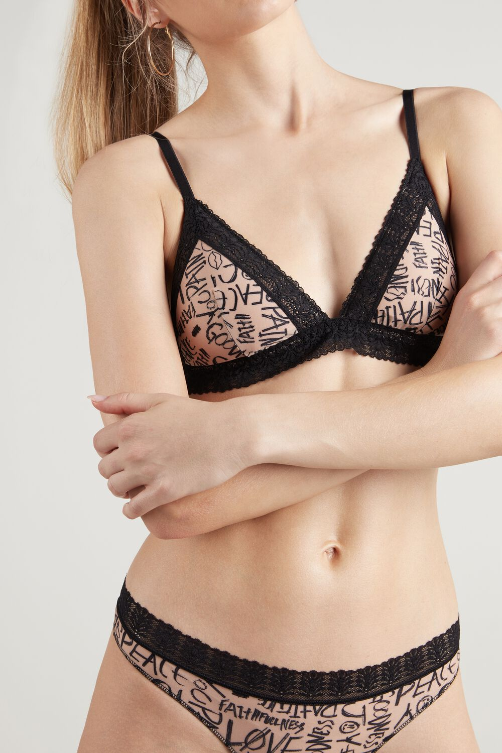 London Special Alphabet Print Triangle Bra