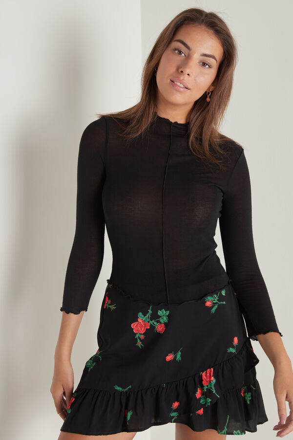 Top with 3/4 Length Sleeve, Rolled Hem and Raised Stitching